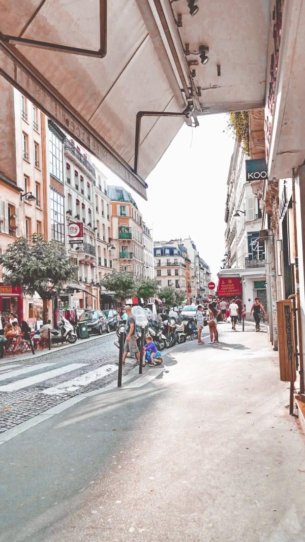 Paris-France-Rose-Gold-Lightroom-Preset-Paris-Chic-Style-Travel-Instagram-Fashion-Blog-2