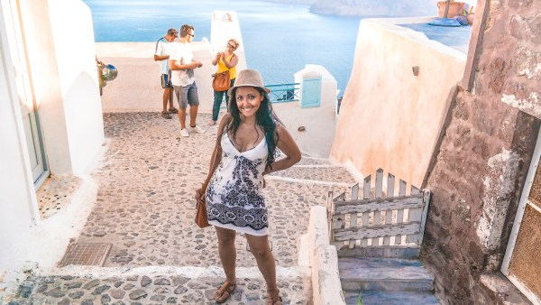 Santorini-Greece-Lightroom-Preset-Filter-Paris-Chic-Style-Travel-Instagram-Fashion-Blog-4