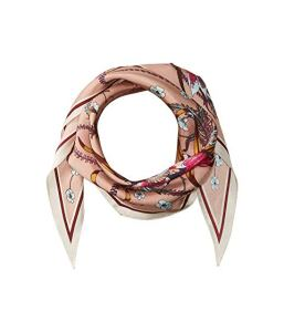 What To Wear In Morocco Marrakech Floral Pink Scarf Paris Chic Style 10