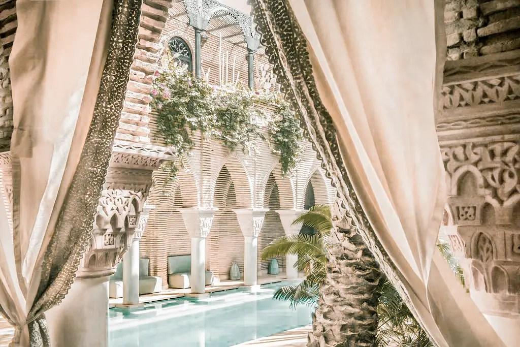 Paris Chic Style Best Riads In Marrakech Morocco La Sultana Marrakech 6