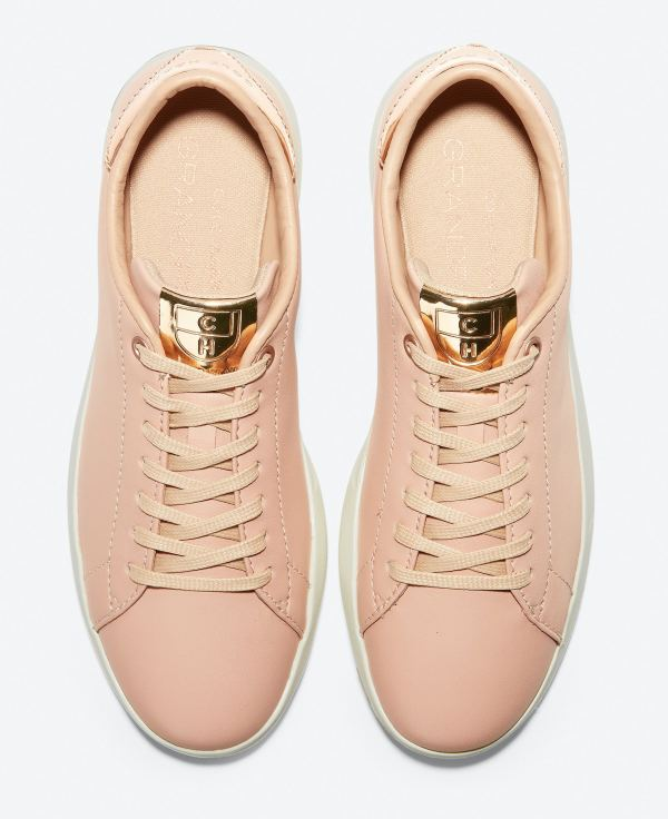 Best Travel Shoes for women comfortable chic stylish travel walking shoes sneakers Paris Chic Style Cole Haan GrandPro Tennis