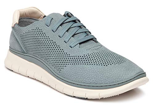Best travel sneakers for women Paris Chic Style