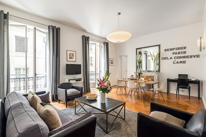 French Chic Airbnb In Saint Germaine Paris Apartment For Rent For Vacation Travel Paris Chic Style