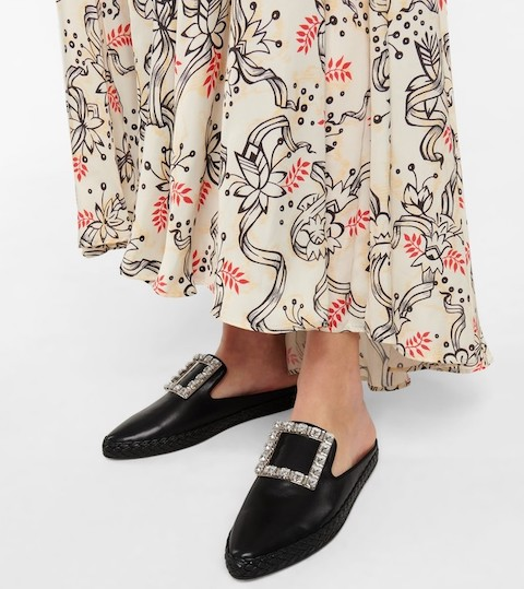 Roger Vivier French Slippers For Walking Work Parisian Street Style Shoes French Mules Paris Chic Style