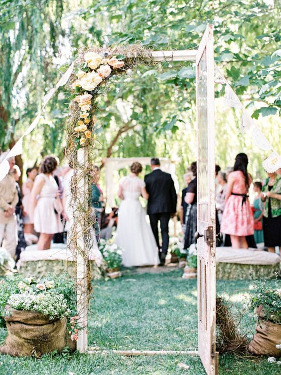 mariage-thème-champêtre-cérémonie-porte