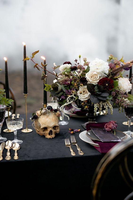 Mariage-gothique-décoration-table