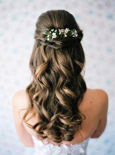coiffure-mariée-demi-attache