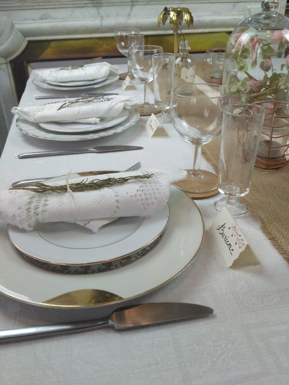 Nappe-blanche-décoration-table-vintage