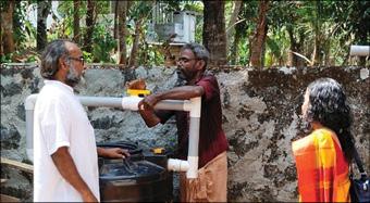 കിണർ റീച്ചാർജ് പ്രവര്ത്തനം പുരോഗമിക്കുന്നു