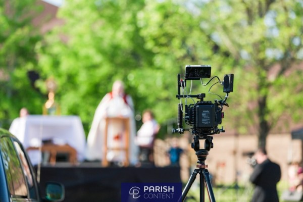 Live Streaming An Outdoor Mass