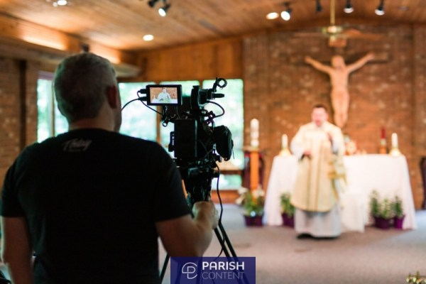 Live Streaming A Mass