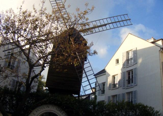 Le-Moulin-de-la-Galette-Le-Radet