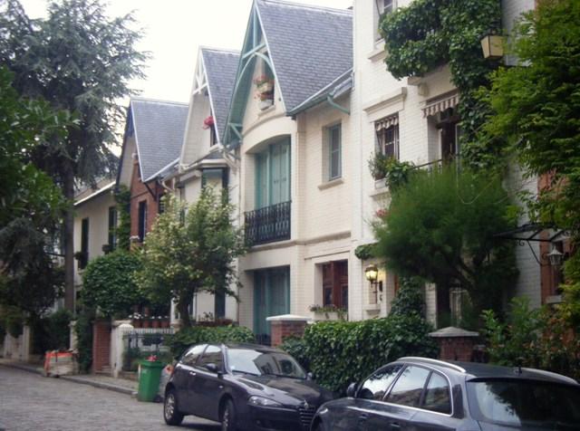 Campagne à Paris Villa Léandre