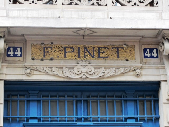 Etablissement Pinet rue de Paradis