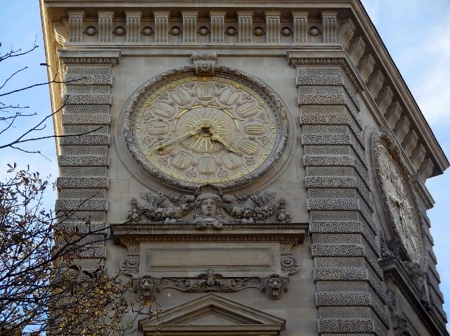 La double horloge du Ministère des Armées