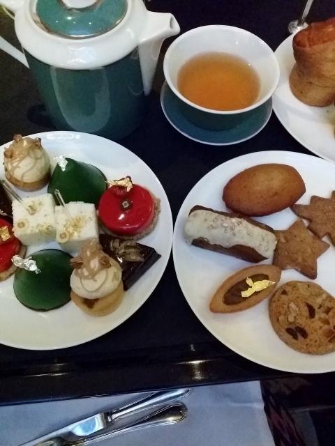 Tea-time au Shangri-La Hotel salons de thé