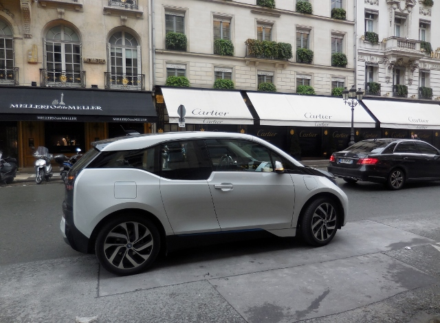 ma journ e parisienne en bmw i3 paris maman moi. Black Bedroom Furniture Sets. Home Design Ideas