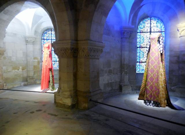 Les grandes robes royales de Lamyne M (10)