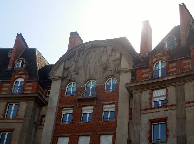 Les immeubles du Carrefour Curie