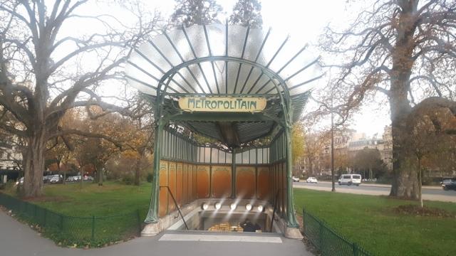 L 39 dicule guimard de la station de m tro porte dauphine - Portes ouvertes paris dauphine ...