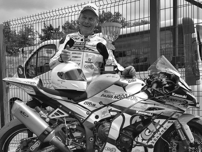 Robert Doron Moto