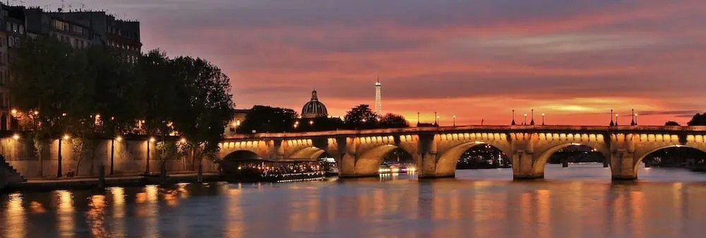Seine Night Cruise paris writing retreats june 2021 itinerary eiffel tower pont neuf