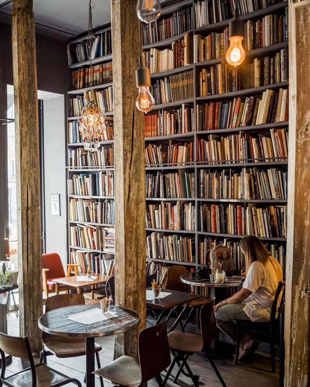 merci used book cafe