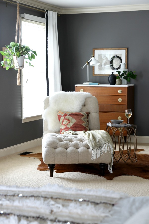 Kendall Charcoal bedroom