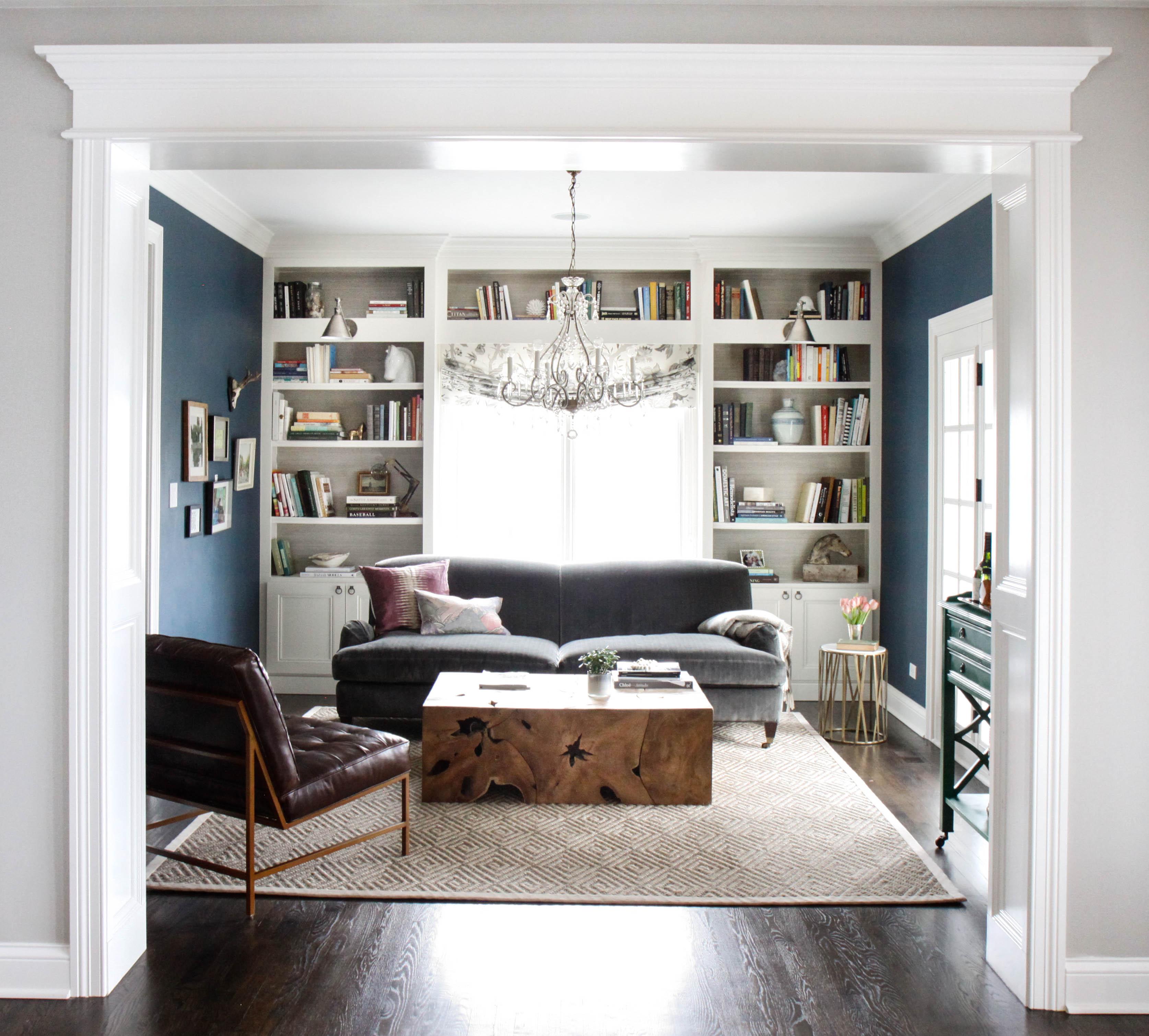Bookshelves around a window - Park and Oak Interior Design