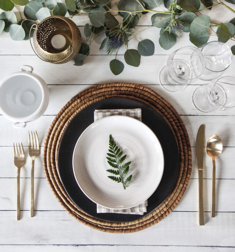 Park and Oak Holiday table setting