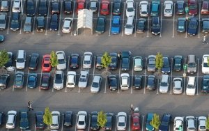 Blog photo parking lot Parkeagle