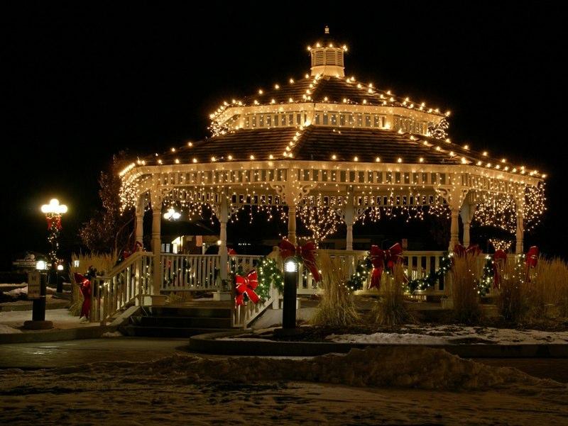 mayors tree lighting gazebo obrien park - Colorado Christmas