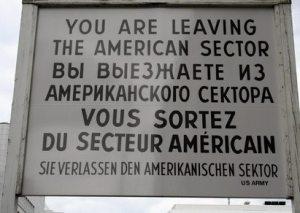 sie verlassen den amerikanischen sektor!