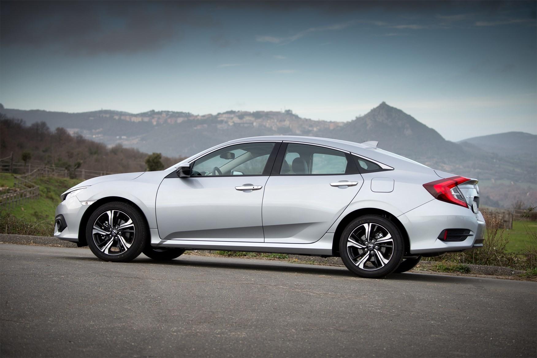 Honda Civic Saloon Review 2020 Parkers