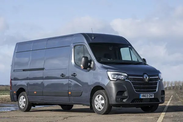 Renault Master Review 2021 Parkers
