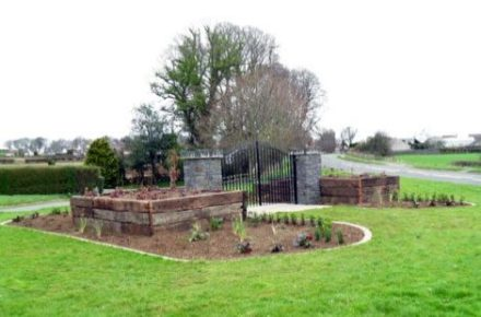 Village-Garden-Parkgate-Road-Finished-garden