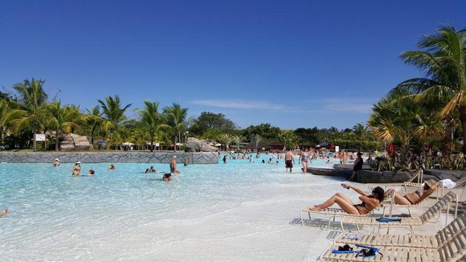 turismo-para-solteiros-no-brasil-caldas-novas
