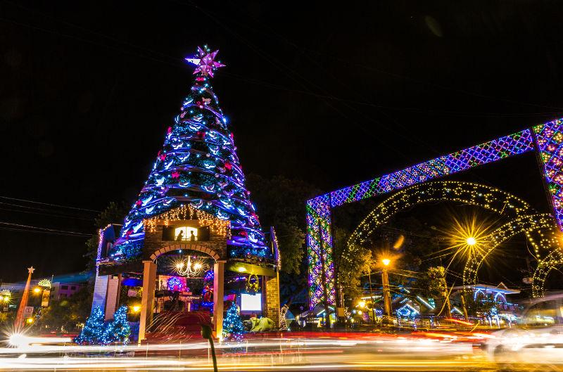 Decoração-natalina-em-Gramado-durante-a-realização-do-Natal-Luz