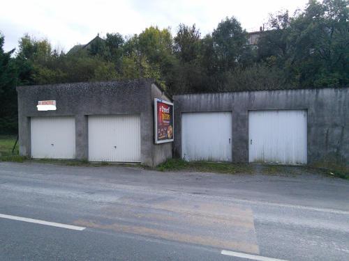 lot-six-garages