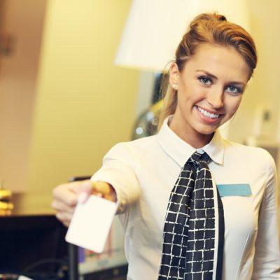 Parkingware Service verhogende technologie met een glimlach