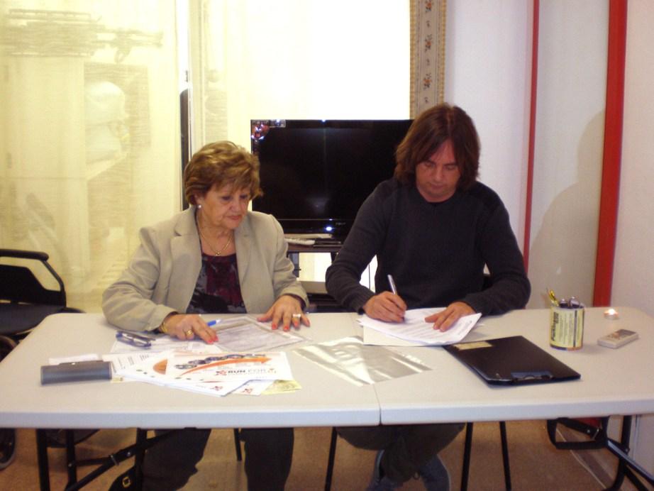 Visita de la Fundación Pascual Aguilar a la Asociación Parkinson ELche para la firma del convenio de colaboración