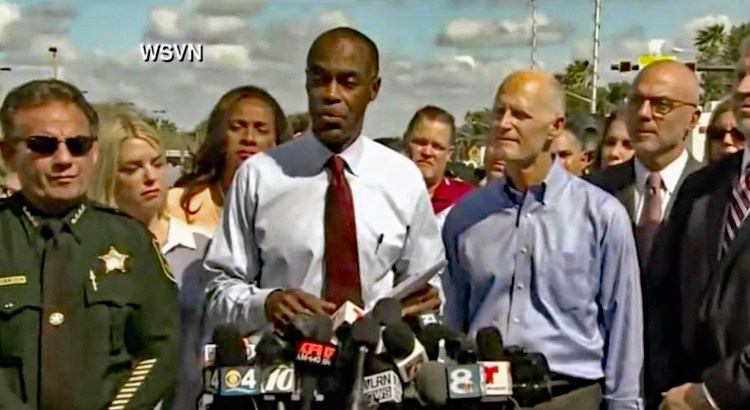 Parkland Resident Calls for Immediate Suspension of Sheriff and School Board Superintendent