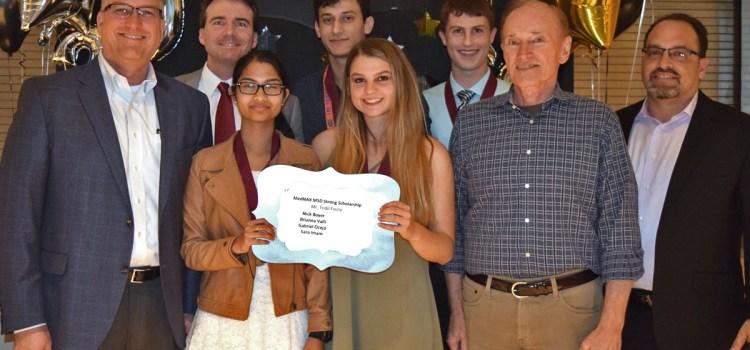 MEDNAX Awarding $20,000 Scholarships to Two Marjory Stoneman Douglas Seniors