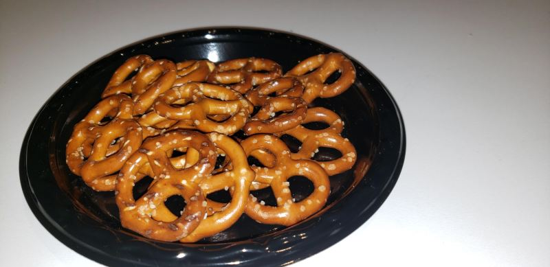 Pretzels with flash