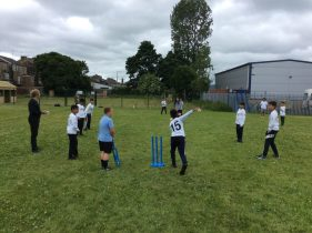 A Cracking Cricket Afternoon Vs Barrowford Primary!