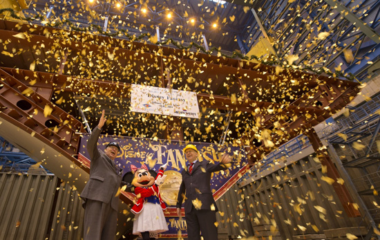President of Disney Cruise Line, Karl Holz, Minnie Mouse and Meyer Werft Shipyard Managing Partner, Bernard Meyer celebrate at the Disney Fantasy keel laying ceremony.