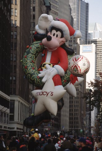 Santa Goofy at the Macy's Thanksgiving Day Parade in 1992 (Courtesy of Getty Images)