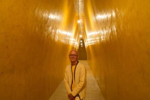 Wolfgang Laib und seine Installation, 'La Ribaute', Barjac (Frankeich)