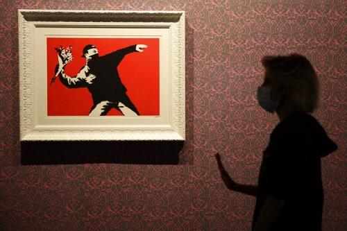 Banksy-making-waves-in-Rome-8-1