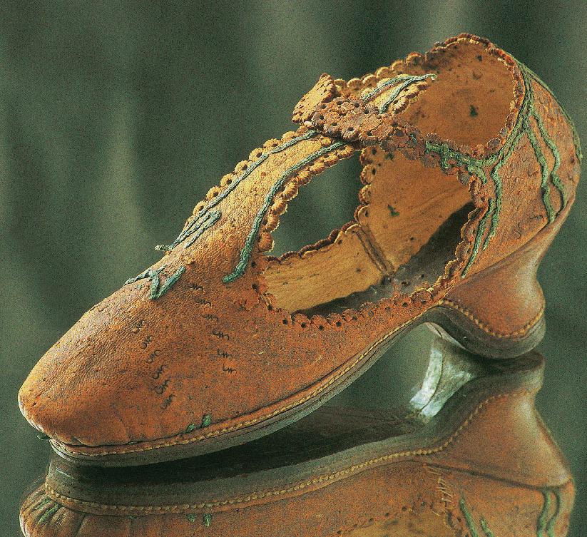 Woman's shoe, Henri III period, France, 16th century, Shoes, Marie-Josèphe Bossan